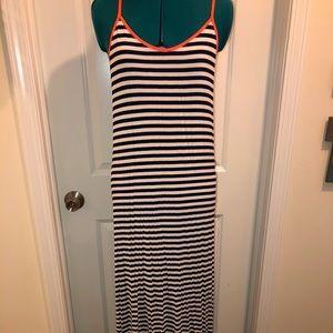 YA LA • Maxi dress • navy stripes • EUC